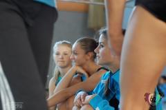 2011-10-08-14-57-32_3te-gauliga-in-dillingen-turnen-weibliche-turnerinnen