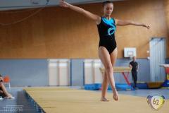 2011-10-08-15-46-06_3te-gauliga-in-dillingen-turnen-weibliche-turnerinnen