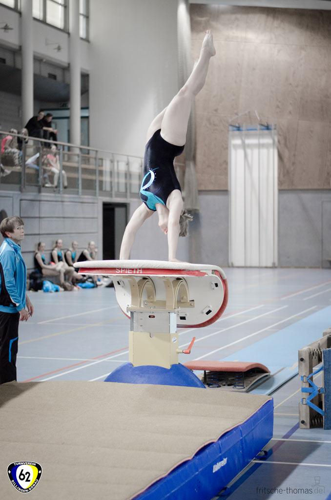 2016-10-15-16-47-45-Turnen-WK3-Dillingen-weiblich_3.jpg