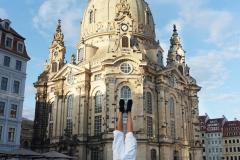 2015-07-11-18-02-35-Tschechien-Urlaub-Handstaende-aus-aller-Welt.jpg