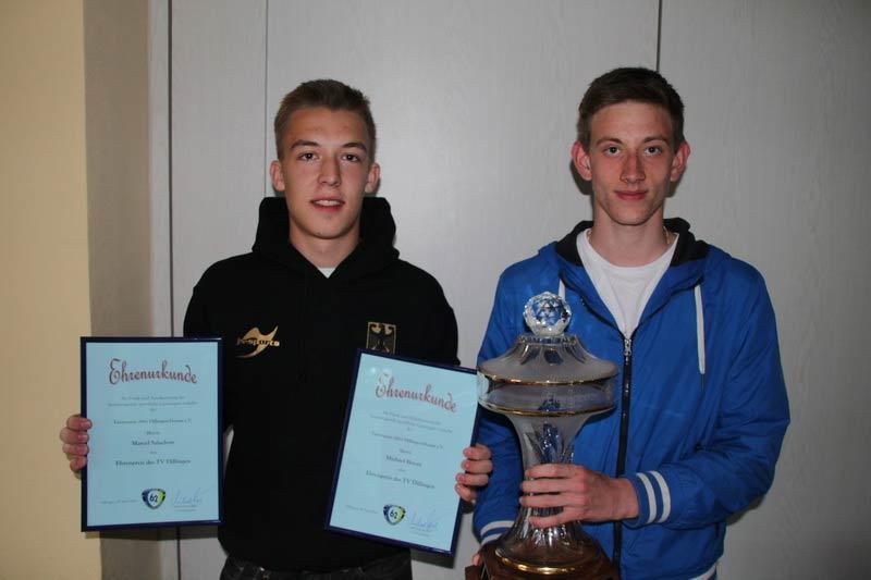 Ehrenpreisträger JuJutsu: Michael Bovan und Marcel Salachow erreichten bei der Jugendweltmeisterschaft im Duo den Vize-Titel
