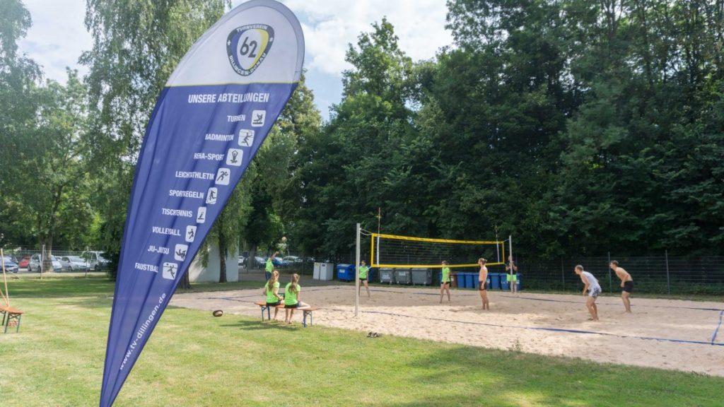 Snapshot vom Jugend-Beachvolleyball Turnier im Eichwaldbad